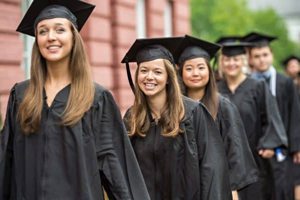 Baccalaureate05-600x400 Baccalaureate05