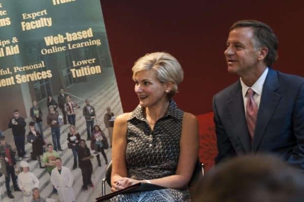 Phillips-1-Joelle-and-Gov-Haslam-600x400 Joelle Phillips '95L: From Acting to Law, to the Head of AT&T Tennessee