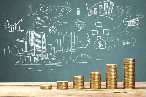 AdobeStock_105975965-600x400 Money Matters Week Aims to Raise Class Awareness at W&L