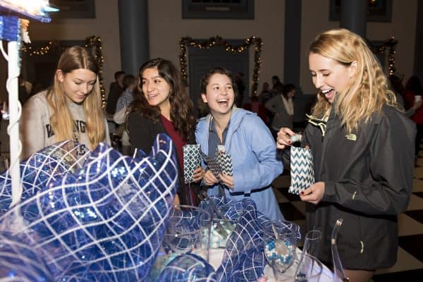 SOC121416_24-600x400 W&L Hosts Family-Friendly Holiday Celebration on Dec. 5