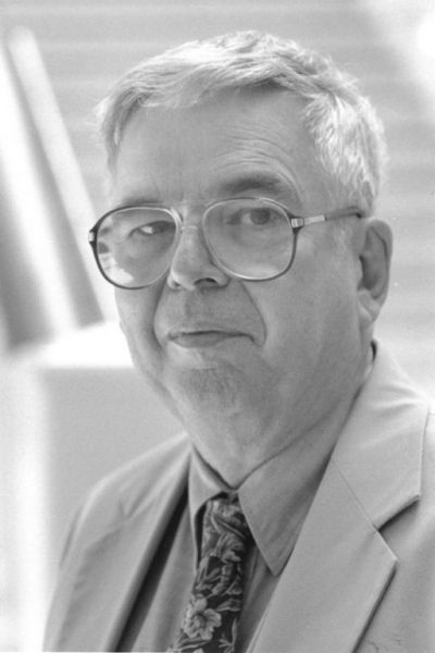 Barlow-Newbolt-400x600 W. Barlow Newbolt, Professor of Physics Emeritus, Dies at 83