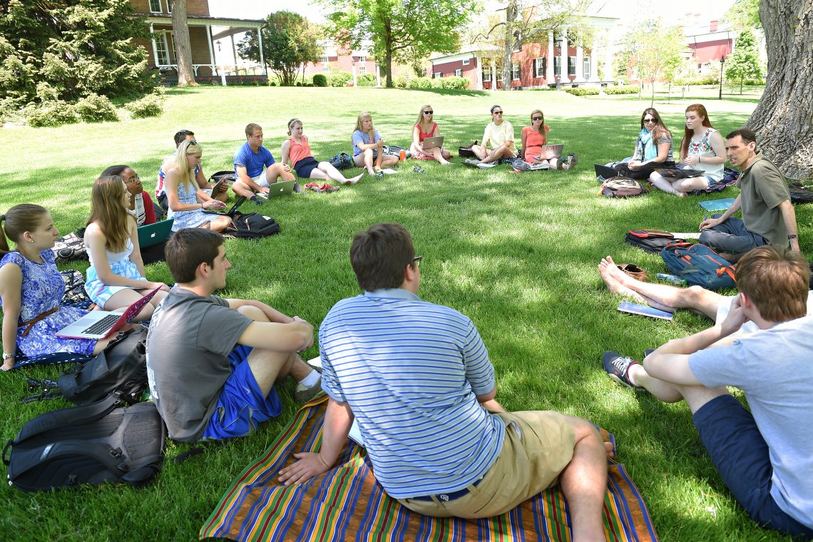 Dickovick-outdoor-class-scaled Internship Honors Dickovick's Profound Legacy at W&L