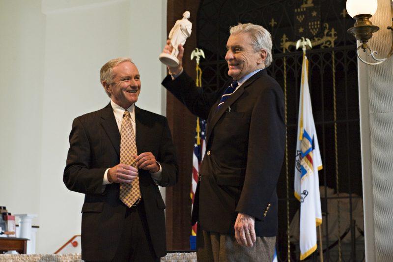 Warner-washington-award-800x533 In Memoriam: Sen. John W. Warner III '49